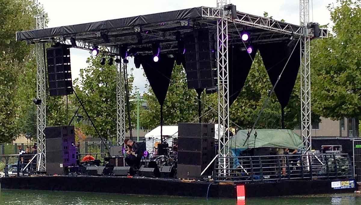 Location-scène-flottante-modulaire-concert-Paris