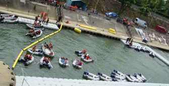location-pont-flottant-pontons-modulaire-animation-nautique-Saint-Ouen