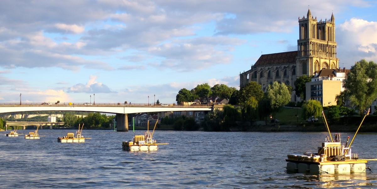 location-ponton-feu-d-artifice-fleuve